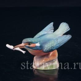 Фарфорвая статуэтка птицы Зимородок с рыбкой, Royal Worcester, Великобритания, сер. 20 в.